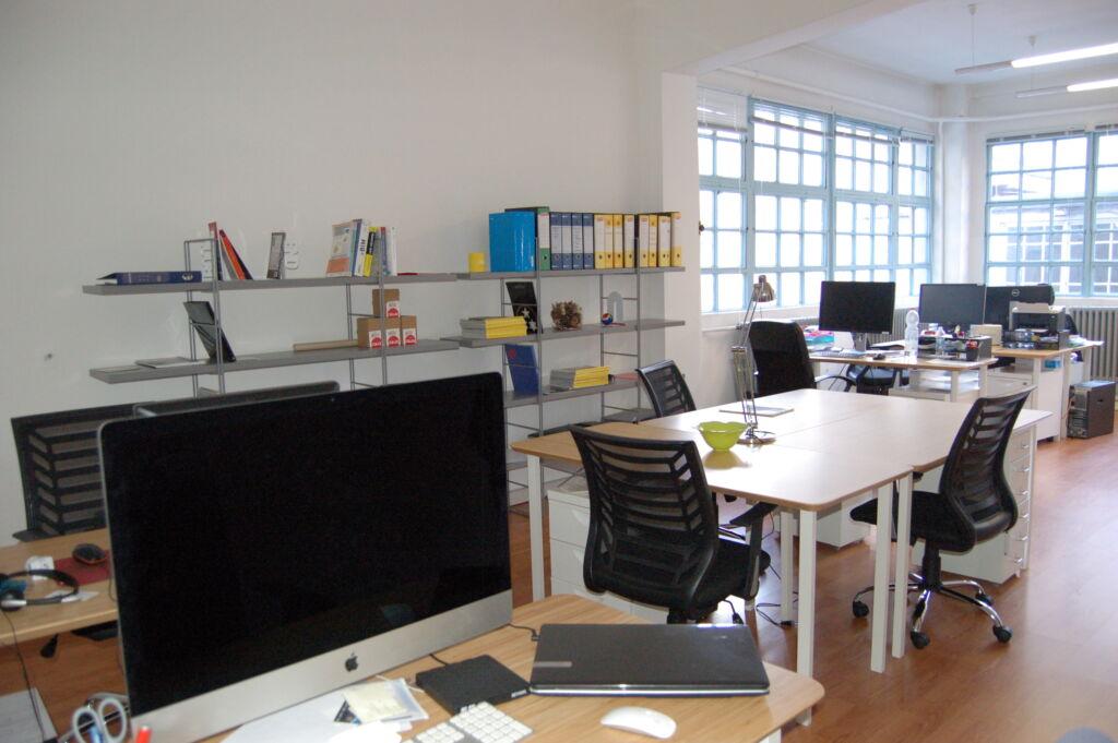 Treework Spazio di Coworking- POSTAZIONI IN AFFITTO